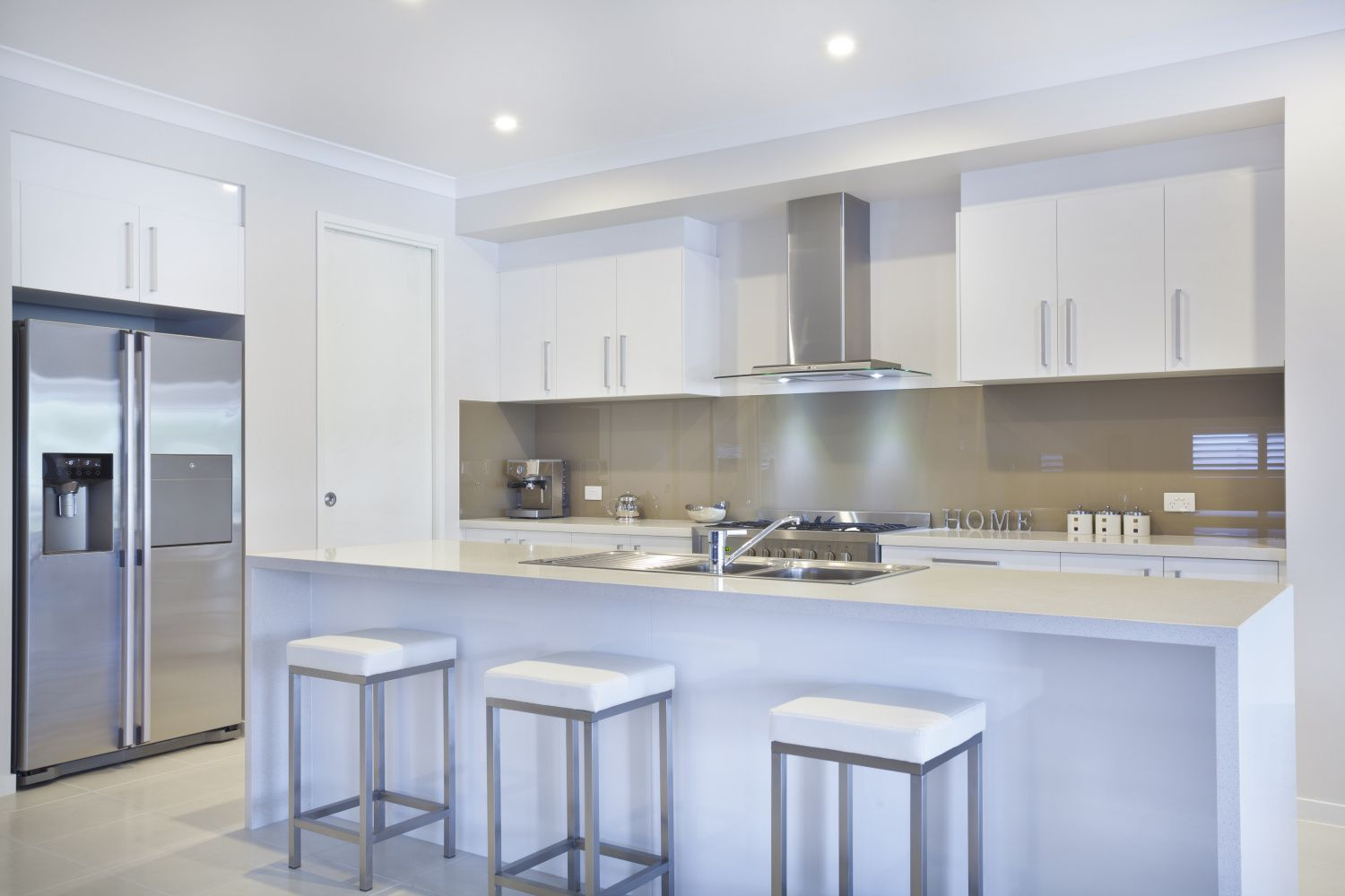 5 reasons to invest in pre-assembled kitchen cabinets