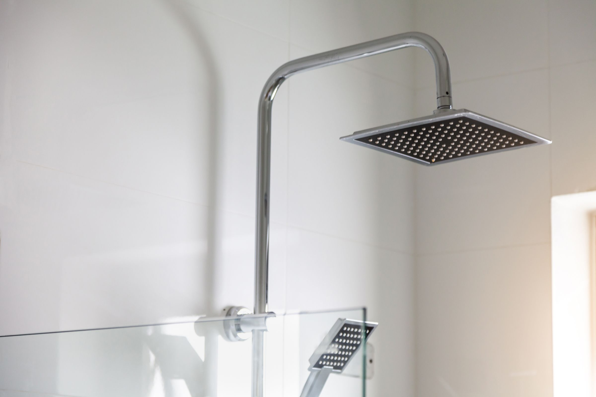 A Shower Arm Buying Guide